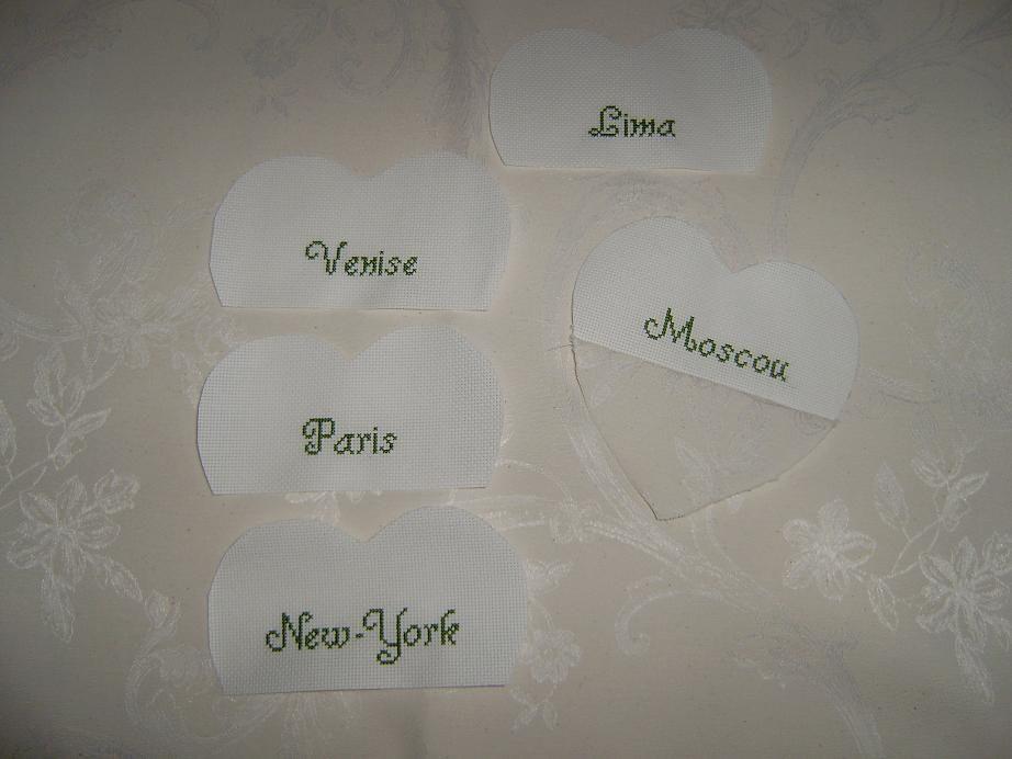 Cr ation de petits coeurs porte nom de table de mariage - Support nom de table mariage ...
